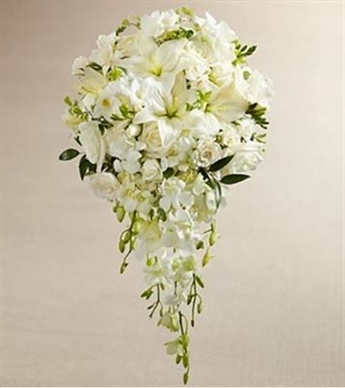 Picture of White Wonders Bouquet