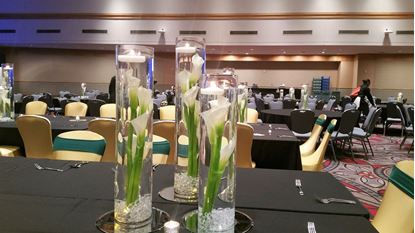Picture of Calla and Candle Centerpiece